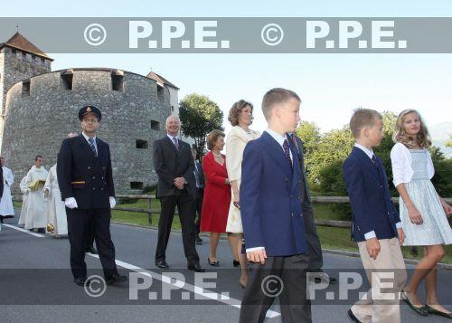Casa de Liechtenstein - Página 5 PPE09081540