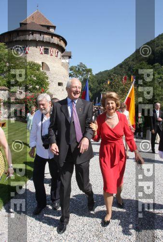 Casa de Liechtenstein - Página 5 PPE09081556