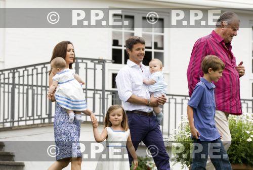 Margarita y Enrique de Dinamarca - Página 13 PPE11080110
