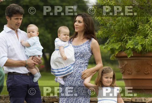 Margarita y Enrique de Dinamarca - Página 13 PPE11080116