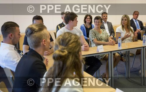 PPE16060811.jpg