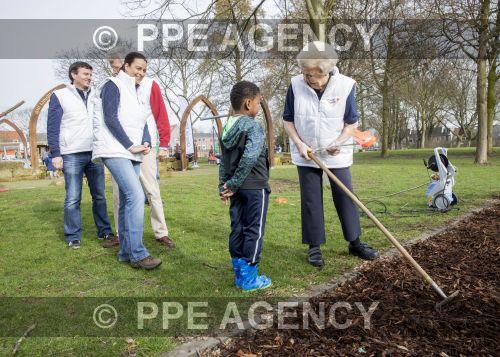 PPE17031158.jpg