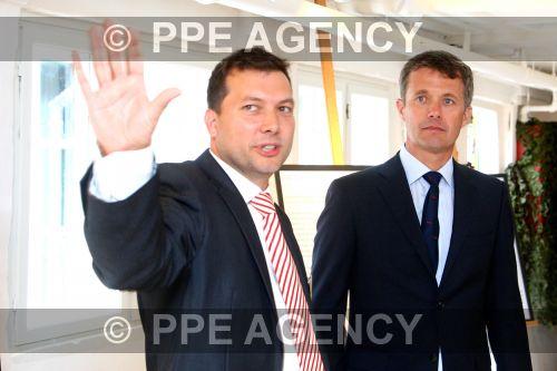 PPE16053107.jpg