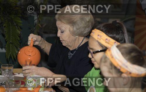 PPE161107112.jpg