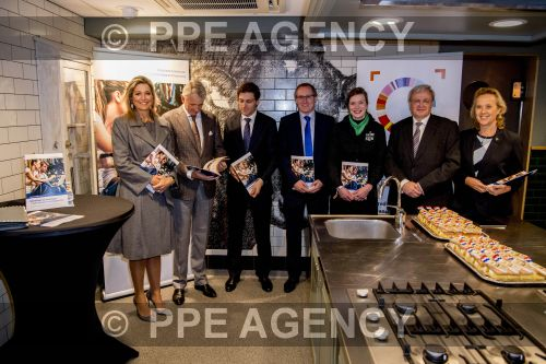 PPE16111821.jpg