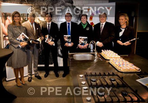 PPE16111837.jpg