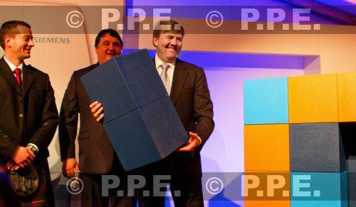 GUILLERMO Y MAXIMA, REYES DE HOLANDA - Página 21 PPE13102901