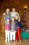 23-12-2012 Argentina Princess Amalia and Princess Alexia and Princess Ariane and Princess Maxima and Prince Willem-Alexander pose for the media, before spending the Christman holiday, at Villa La Angostura ( Bariloche) in Argentinie. The photosession is held in the gardens of El Messidor on the Nahuel Huapi, situated in the residence of the Governor of Neuquen.  (C) PPE/Nieboer  PPE-Agency/Edwin Veloo www.ppe-agency.com  Anemonenweg 52 2241 XM Wassenaar M. 06-43497725   If you have any questions please call or e-mail us with your inquiries