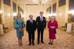 20-01-2014 The Hague  King Willem-Alexander with Queen Maxima and Princess Beatrix with Francois Hollande pose for official photo at palace Noordeinde in The Hague.  © PPE/Nieboer