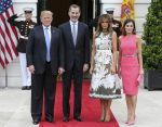 19-06-2018 USA President Donald Trump, left, and first lady Melania Trump, center right, welcome King Felipe VI, center left, and Queen Letizia of Spain, right, to the White House on the South Portico in Washington, DC.