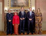 22-11-2018 Gala Queen Maxima and King Willem-Alexander with President of Singapore, Mrs Halimah Yacob and her husband Mohamed Abdullah Alhabshee and Prime Minister Rutte during the government dinner at the Treveszaal at the Binnenhof in The Hague on the 2nd day of the statevisit.
