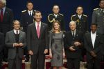21-10-2011 Oviedo Princess Letizia and Prince Felipe greet Canadian singer Leonard Cohen, Etiopian athlete Haile Gebrselassie, US Howard Gardner and the 'Fukusima heroes'  at the 'Prince of Asturias Awards 2011' laureates audience at the Reconquista Hotel in Oviedo, Spain.  No Spain  (c) PPE/Thorton  PPE-Agency/Edwin Veloo www.ppe-agency.com  Anemonenweg 52 2241 XM Wassenaar M. 06-43497725 F 084-7384869  If you have any questions please call or e-mail us with your inquiries