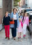 01-09-2014 Brussels Princess Elisabeth and Princess Eleonore with Queen Mathilde and Prince Gabriel during the first day of school at the Sint-Jan-Berchmanscollege in Brussels.   © PPE/Nieboer